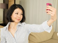 今月から、キヤノン・アジア( キヤノン・シンガポール )の Web サイト上の「 SnapShot 」というコーナーで、「 自撮り( Selfie )」ネタの連載を始めました。アジア、特に東南アジアの女性向 […]